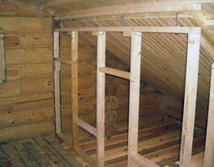 делать перегородки в деревянном доме