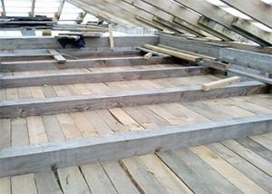 чердачное деревянное перекрытие