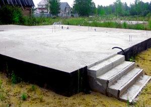 Монолитный фундамент в виде плиты