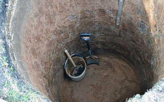 Как построить выгребную яму своими руками для частного дома