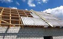 Как правильно накрыть крышу шифером своими руками – технология выполнения работ