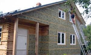 Как правильно и чем лучше утеплить деревянный дом снаружи?
